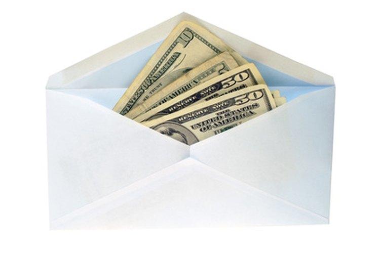 Dinero a cambio de consideraciones políticas se considera peculado.