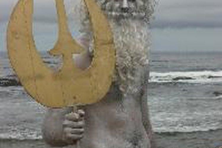 Poseidón, con su tridente, es llamado Neptuno en la mitología romana.