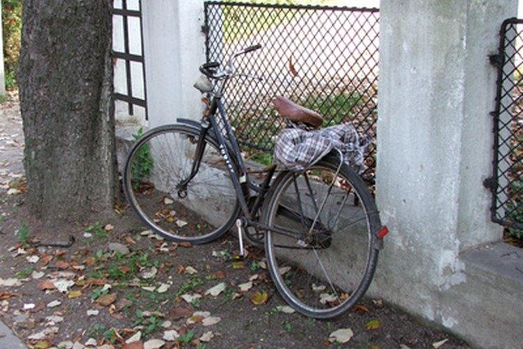 Mantén tu bicicleta segura con un candado de combinación.