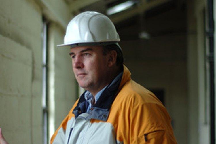 Los arquitectos trabajan personalmente con los constructores y con clientes privados.