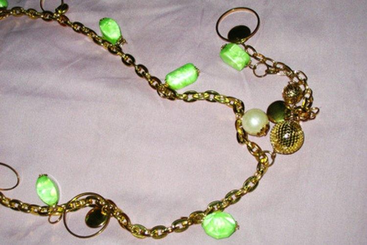 Monet Jewelry es una línea de accesorios vintage.