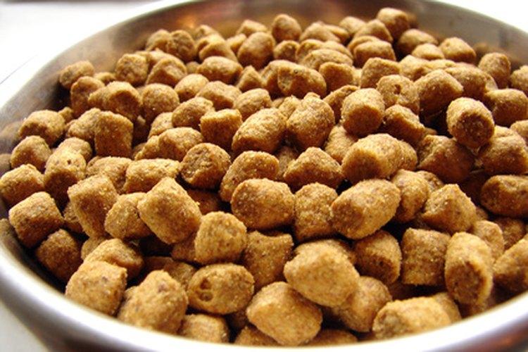 La comida empaquetada para perros es nutricionalmente completa.