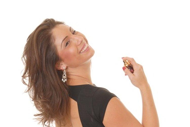 El diseñador Christian Dior consideraba que el perfume era el toque final en el atuendo de una mujer.