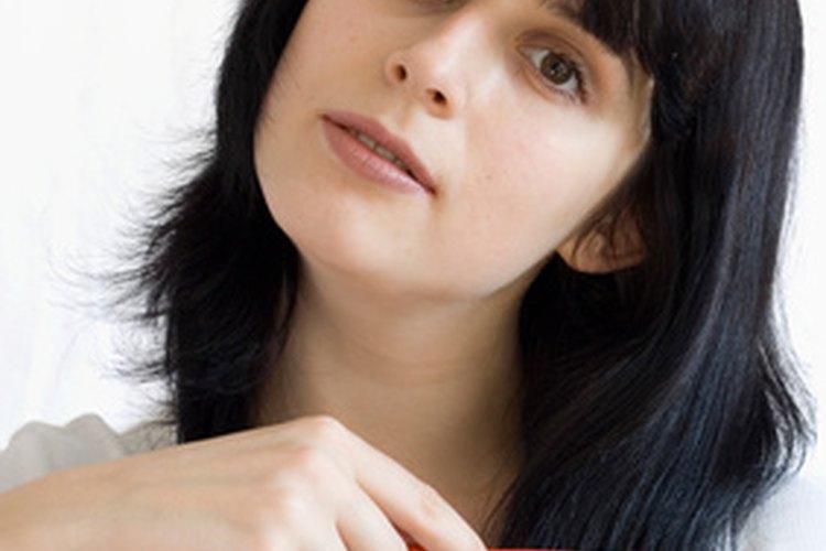 El cabello grueso puede ser difícil de peinar.