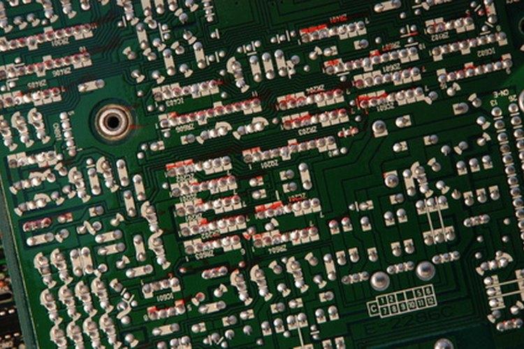 Los artículos semiconductores son procesados a través de esta herramienta de ingeniería.
