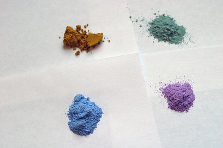 Tanto los colorantes ácidos como los dispersos son adecuados para el nailon.