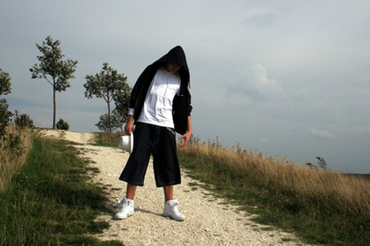 Escoge la ropa adecuada para bailar hip hop.