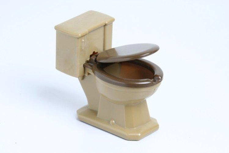 Algunas obstrucciones de inodoro se pueden prevenir.