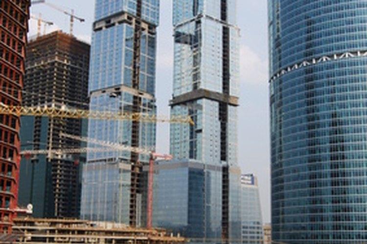 Los contratistas de la construcción tienen varias opciones en cuanto a los sistemas de contabilidad.