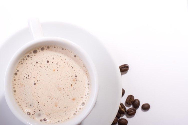 Coffee-mate tiene pocos ingredientes naturales.