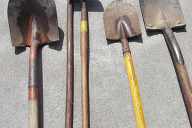 Utiliza herramientas de mango largo para las tareas más pesadas.