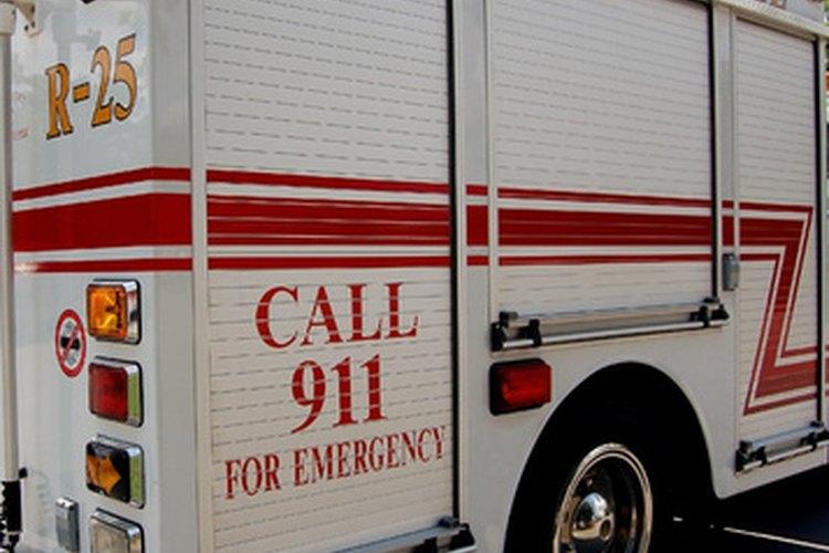Los operadores del 911 son responsables por despachar a la agencia de rescate adecuada.