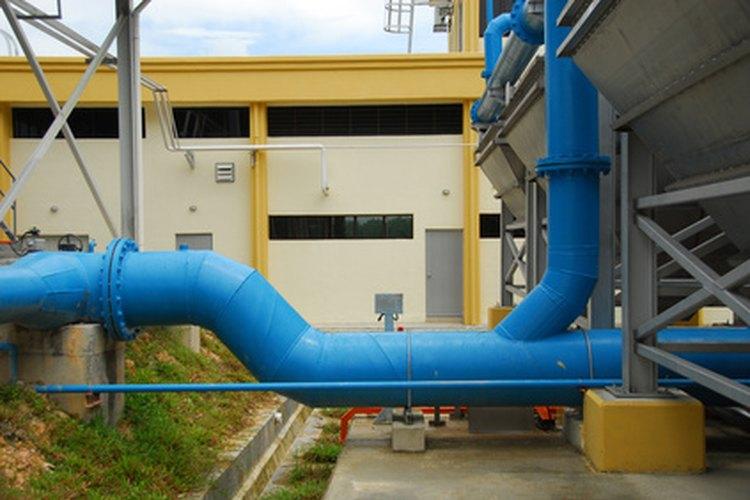 Las bridas se usan en sistemas de tuberías.