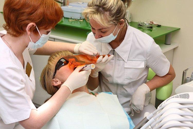 Los higienistas dentales en Florida ganan salarios más bajos que la media del país.
