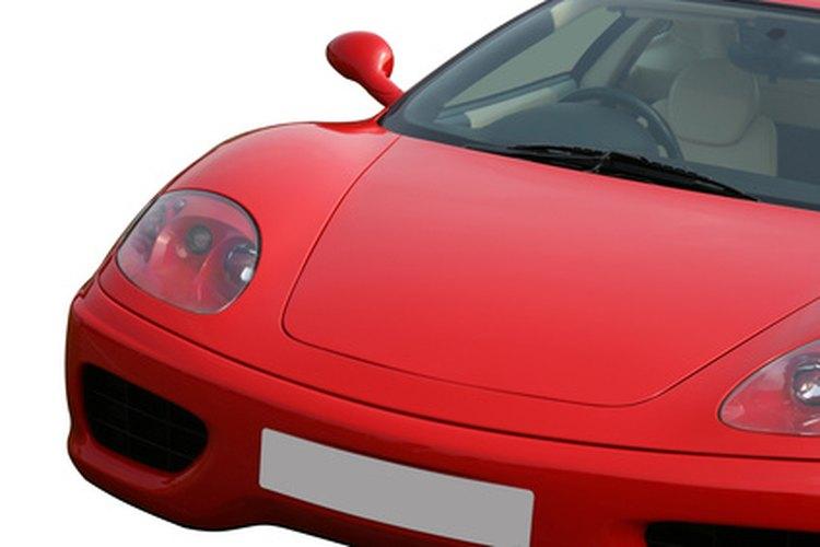 El número de identificación del vehículo normalmente se encuentra en la esquina inferior derecha del parabrisas del coche.