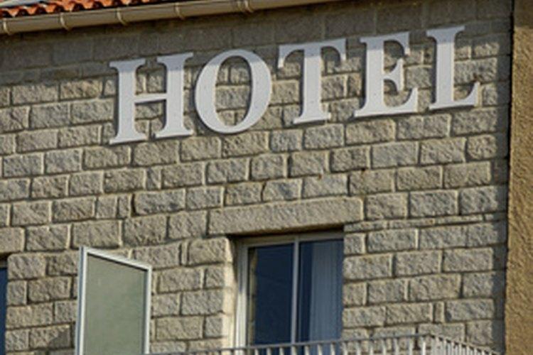 Debido a que las posiciones de hotelería a menudo tienen muchos pretendientes, los objetivos bien escritos en tu currículum pueden marcar la diferencia.