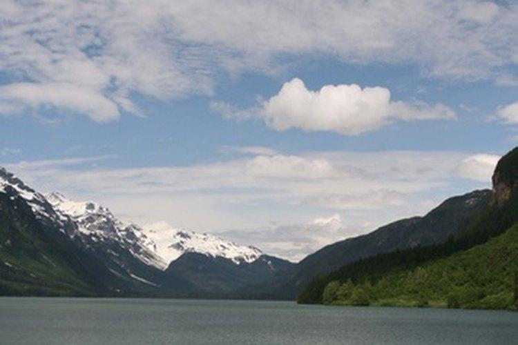 Los paseos en barco por aguas tranquilas puede hacer que una experiencia al aire libre sea emocionante, pero relativamente poco exigente.