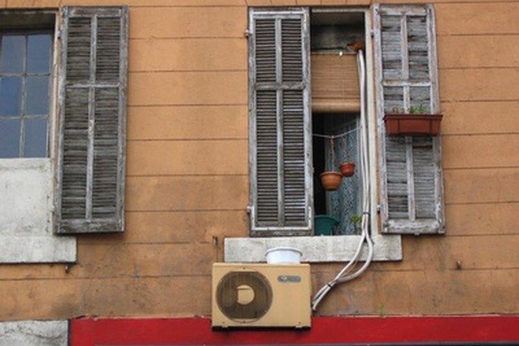 Un evaporador se encuentra por ejemplo en un aire acondicionado.