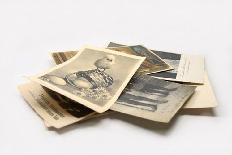 Las postales de marco blanco fueron hechas de 1915 a 1930.
