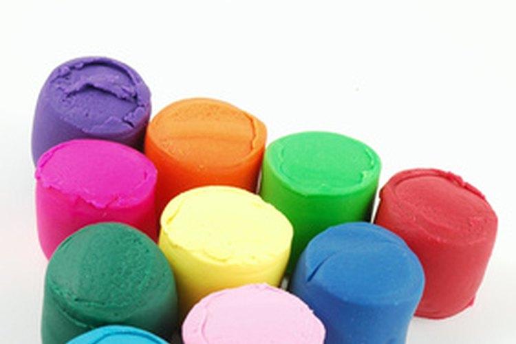 Los niños pueden crear casi cualquier cosa con plastilina.