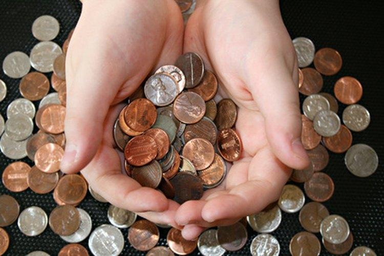 Una mesada puede enseñarle al niño a gastar su dinero sabiamente.