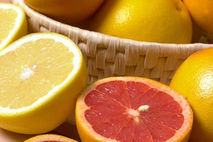 La parte blanca de las frutas cítricas contiene pectina naturalmente.