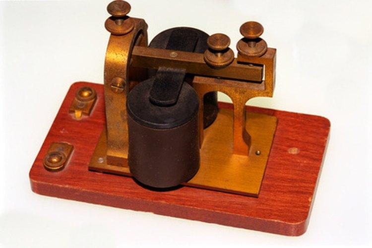 El desarrollo del sistema de telégrafos necesitaba una gran instalación de cable que cruzara todos los Estados Unidos.