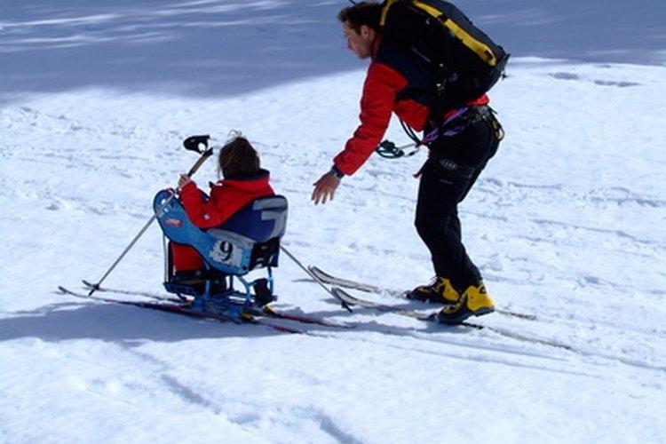 Las discapacidades físicas y emocionales son desafíos para el niño.