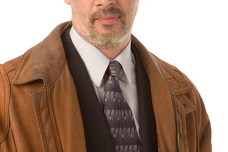 Detecta una chaqueta Armani de imitación inspeccionándola detenidamente.