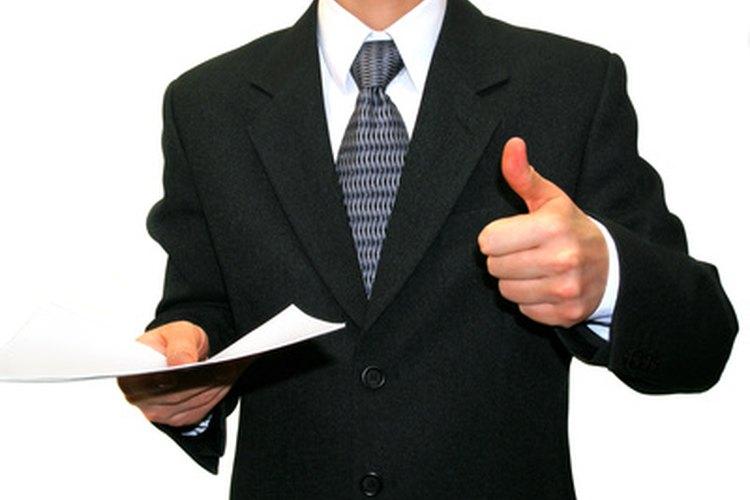Un traje con buen ajuste puede ayudarte a verte, sentirte y desempeñarte bien.