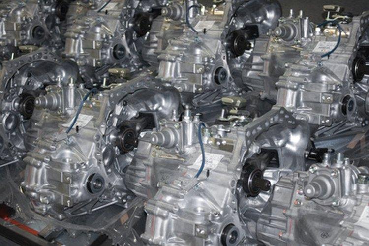 Los ingenieros automotrices diseñan y desarrollan los motores de los automóviles y otras piezas de los mismos.