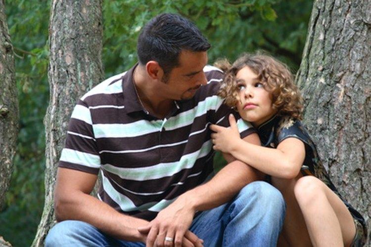 El autoestima de una niña dependerá del amor y cariño que el padre demuestre durante la adolescencia.