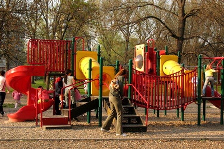 Llevar a tu hijo al parque avanza su desarrollo.