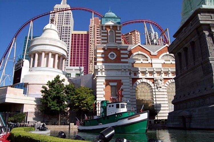 Las Vegas cuenta con una variedad de lugares de boda para las parejas.