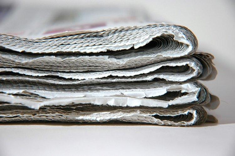 Se recomienda rellenar con periódicos enrollados el refrigerador y congelador vacíos.
