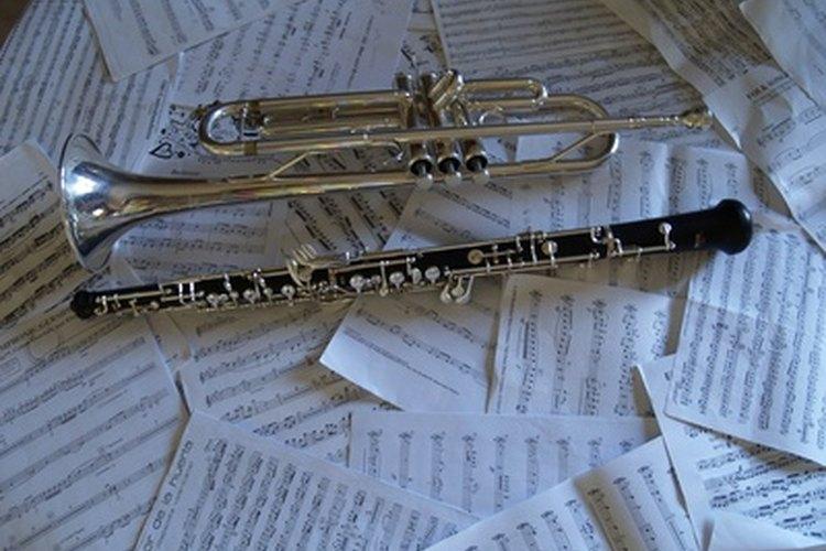 Los instrumentos de viento pueden ser tanto de la variedad del metal como de madera.