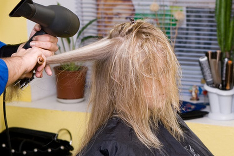 Opciones de peinados y cortes en los '70.