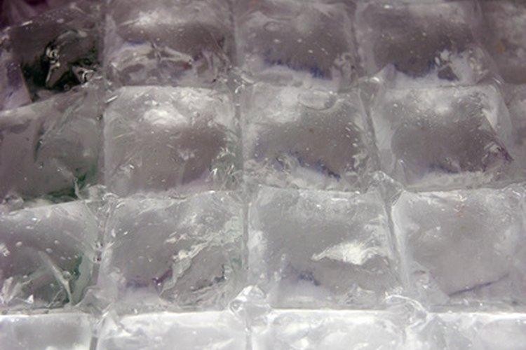 Utiliza un refrigerador o haz un baño de hielo para enfriar después de la pasteurización.