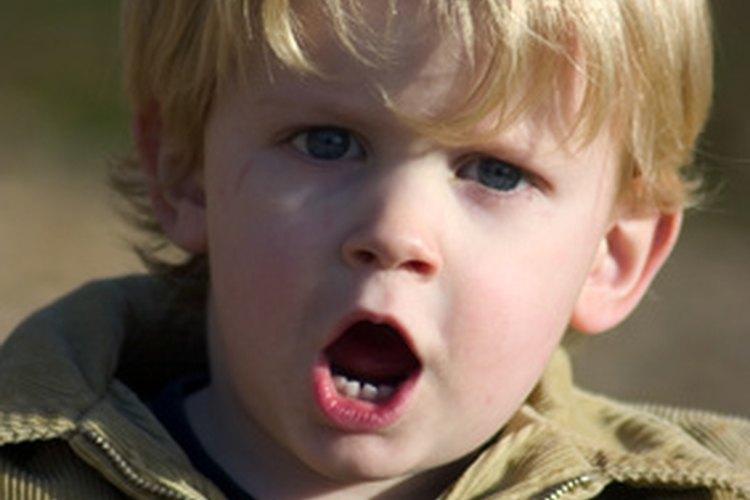 Gritar a los niños les enseña comportamientos incorrectos.