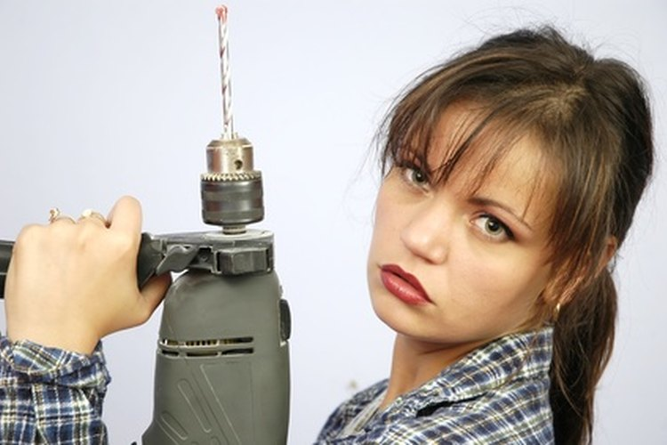 No hay necesidad de comprar una batería nueva: es moderadamente fácil que tú mismo la repares.