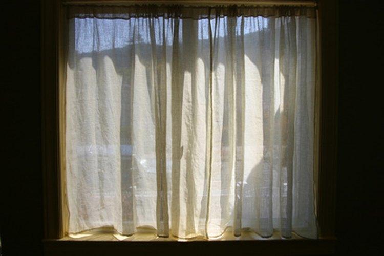Las cortinas simples sujetas al barral son ideales cuando permanecerán cerradas.