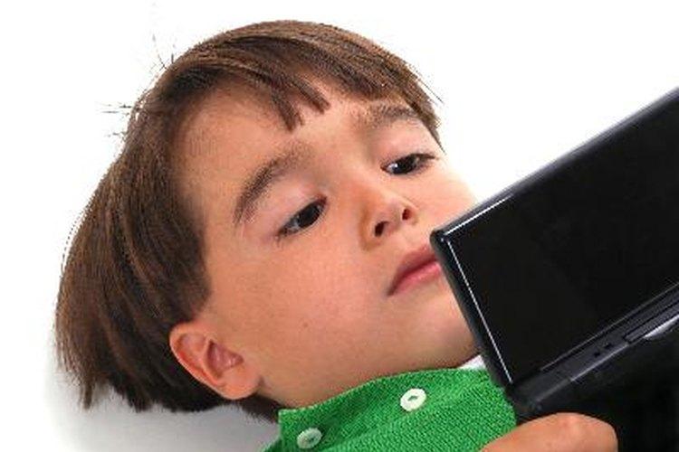 Es importante supervisar el tiempo que tu hijo pasa frente a la pantalla.