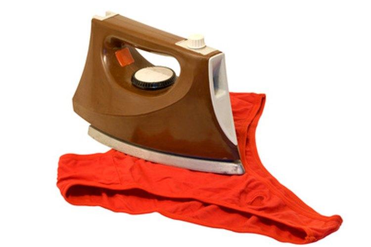 La ropa interior puede hacerse de cualquier tela que tengas a la mano.