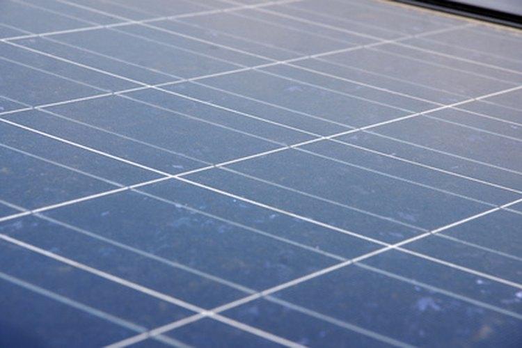 Los paneles solares son una forma amigable con el medio ambiente de darle energía tus aparatos.