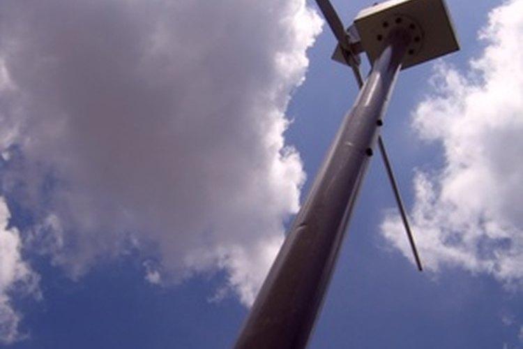 Un molino de viento puede usarse como un generador de energía eléctrica.