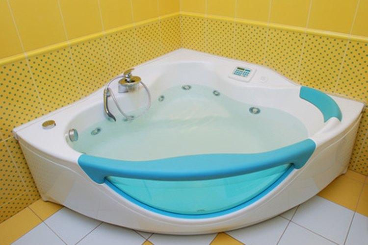 Una bañera es una parte significativa de tu baño.