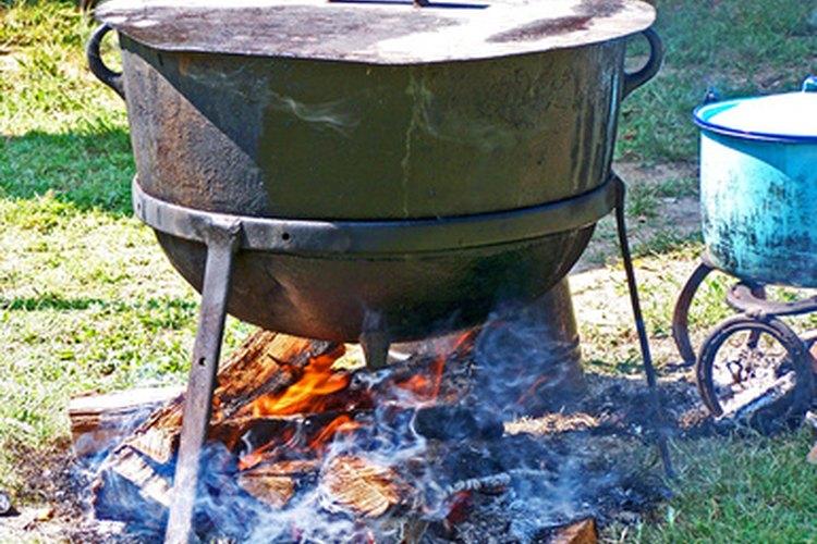 No más calentar el agua del baño en un hervidor sobre llamas abiertas.
