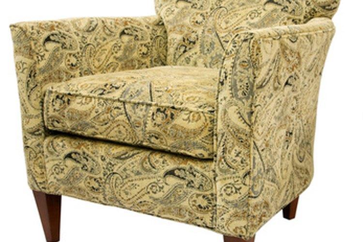 Antes de tapizar una silla, considera más cosas además del costo.