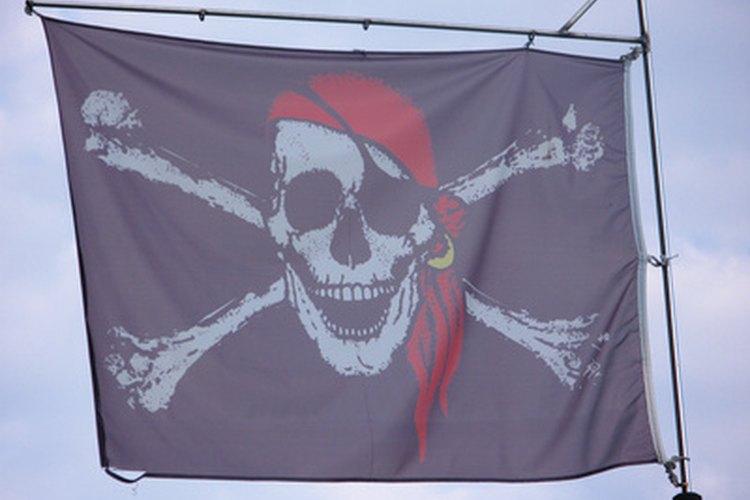 Los juegos de piratas involucran a los niños en la fiesta.