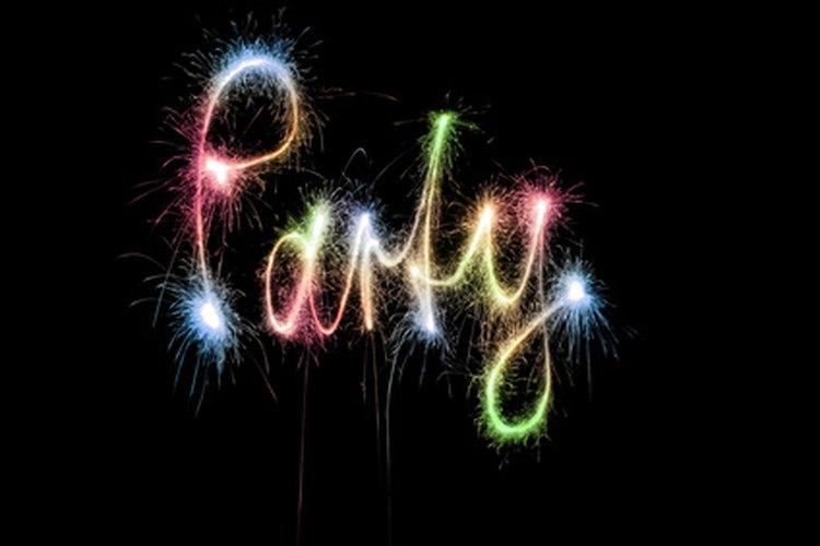 Es posible realizar muchas actividades creativas y memorables para una fiesta de 50° aniversario.